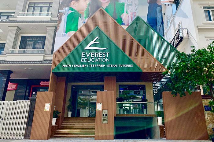 Everest Education Him Lam D7